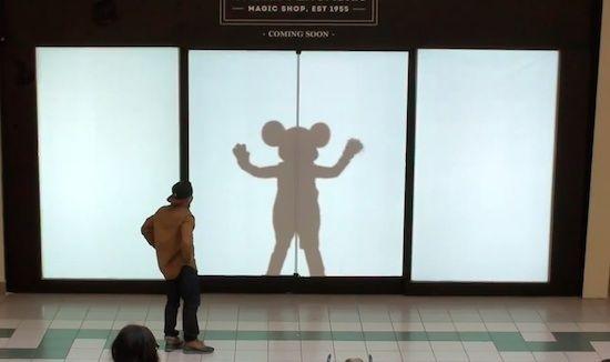 ディズニーキャラクターの影が突然現れる!素敵過ぎると話題の動画を紹介!