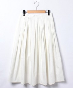 白スカートを可愛く履きこなそう!話題のモテる白スカートコーデを紹介♪
